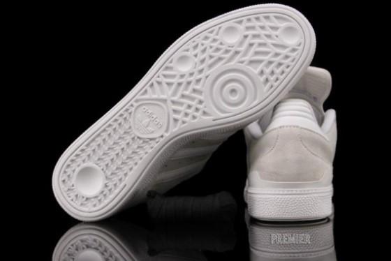 adidas-skateboarding-busenitz-white-3-570x381