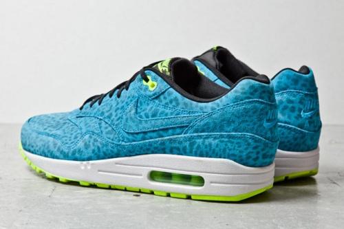nike-air-max-1-fb-blue-leopard-3-1