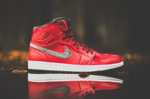 air-jordan-1-high-premier-varsity-reddark-army-01
