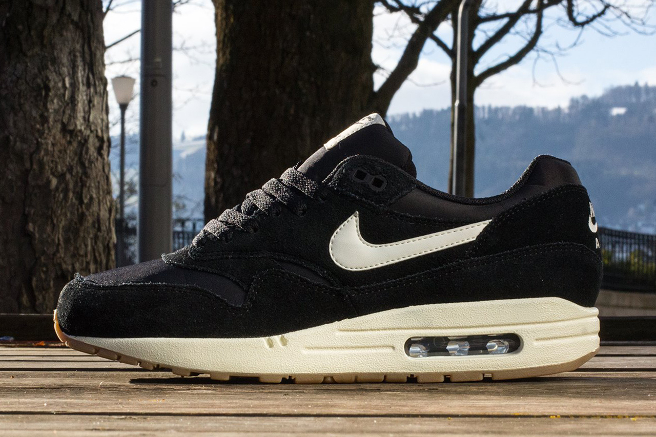 new arrivals 78cea 719c2 Nike Sportswear 2014 Spring Air Max 1 Essential - Trapped Magazine