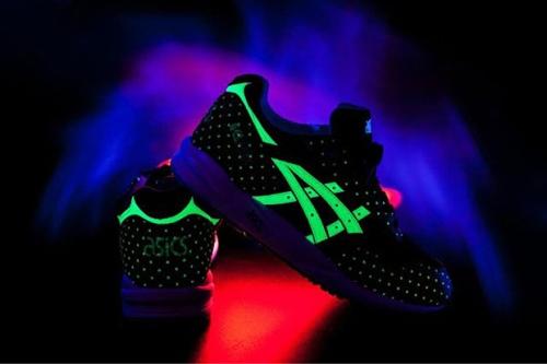 asics-glow-in-the-dark-pack-2