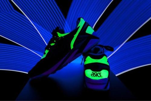 asics-glow-in-the-dark-pack-4