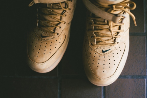 a-closer-look-at-the-nike-air-force-1-mid-nsw-flax-collection-2
